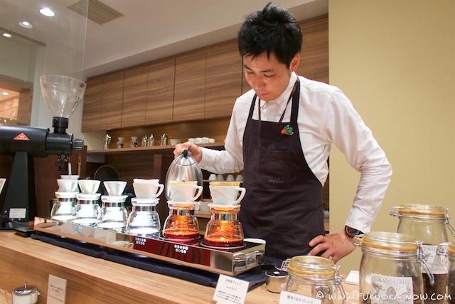 fn211 cafe tokado 001