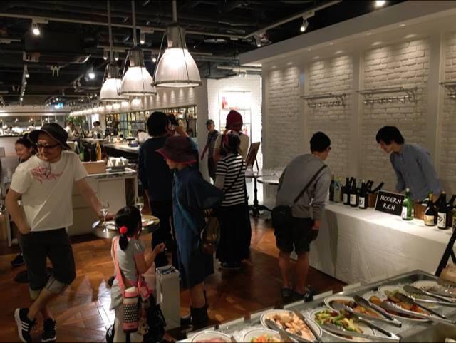 05 - D&D Tsukiichi Sake Market