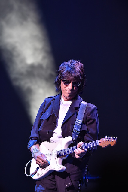 jeff-beck-new-%e8%bb%bd-resized